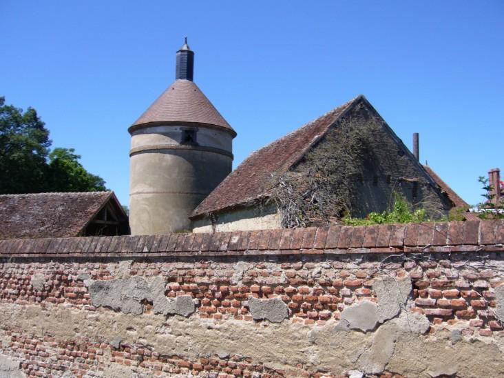 pigeonnier-saint-gerand-de-vaux-juin2017-chamaneetmarinette